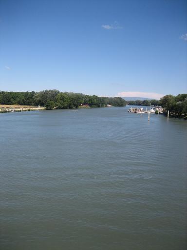 ローヌ川3.JPG